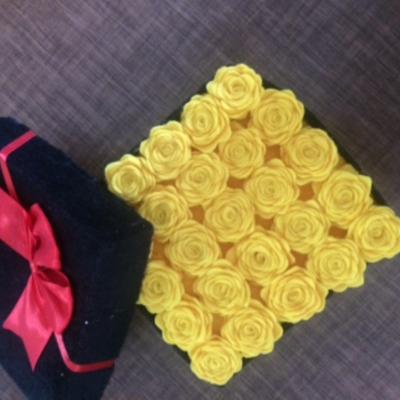 باكس گل نمدي رز زرد