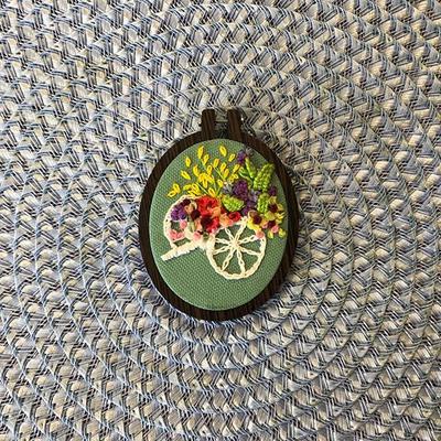 تابلو روباندوزی کالسکه گل
