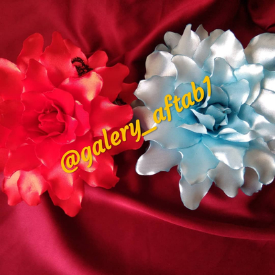 کلیپس با گلهای روبانی