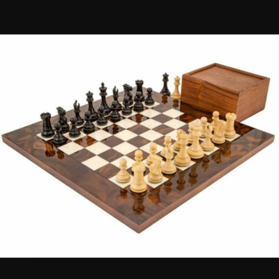 شطرنج مدل آکووالیو