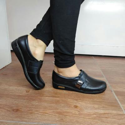 کفش راحتی طبی زنانه
