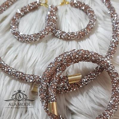 ست های جذاب سواروسکی (دستبند ، گردنی