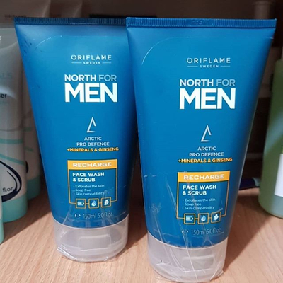 💙North for men Recharge Face Wash Sc