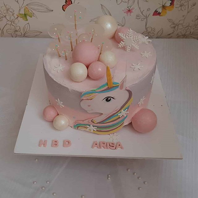 کیک یونی کورن