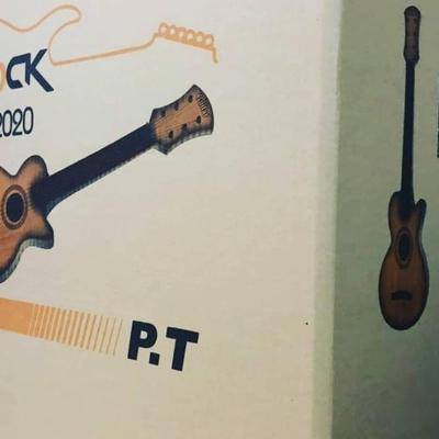 تصاویر کلی گیتارها