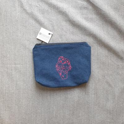 کیف آرایش ما دوتا آرنگ و یاسمین
