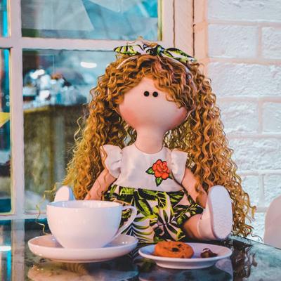 عروسک دستساز نیلا