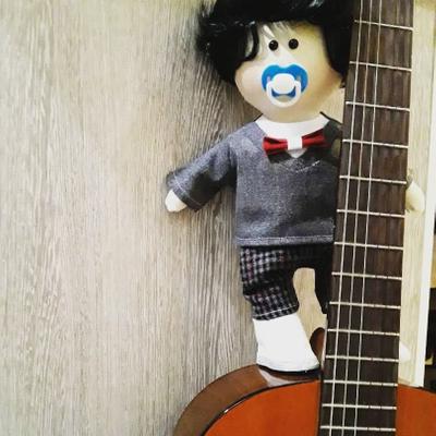 عروسک دستسازسورنا