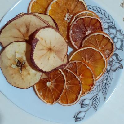 میوه خشک شده