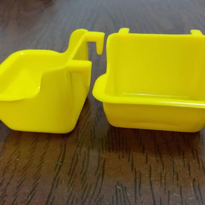 ظرف آب و غذا پلاستیکی طوطیسانان ✔
