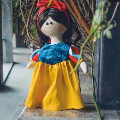 عروسک دستساز آیدا
