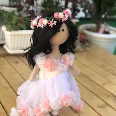 عروسک دستساز بهار