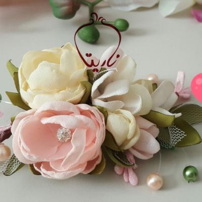 گلسر با گلهای حریر دستساز