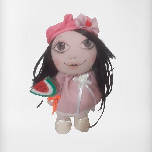 عروسک روسی با چهره طراحی شده