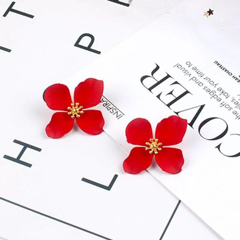 گوشواره گل چهاربرگ