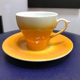 فنجان نعلبکی