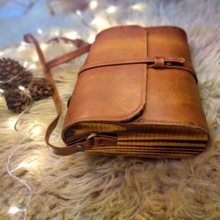 کیف طبله چوبی چرم آدلیا